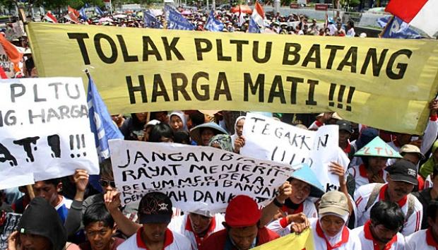 Demo penolakan PLTU Batang. | Foto : Tempo.co.