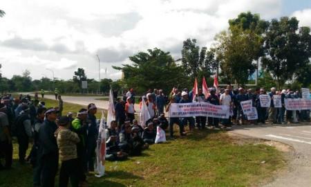 Demo pekerja subkontraktor BOB Pertamina Hulu- PT BSP.