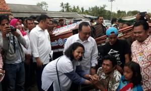 Dirut Bank BTN Maryono ketika mendampingi Menteri BUMN Rini Mariani Soemarno di Indramayu   Foto: Eksplorasi.id