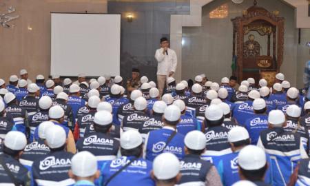 Direktur Komersial PGN Danny PradityaKomunitas Bajaj Gas (Kobagas) berbuka puasa bersama dengan 500 lebih perwakilan bajaj gas dari berbagai wilayah di DKI Jakarta.